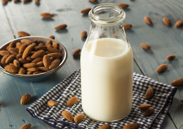 almond.milk.food