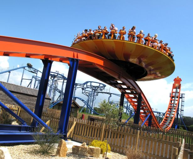 7-edge-at-paultons-park-hampshire-300dpi