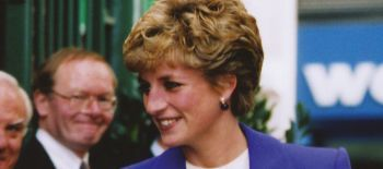 Princess.Diana.on.arrival.at.Royal.Victoria.Place.000