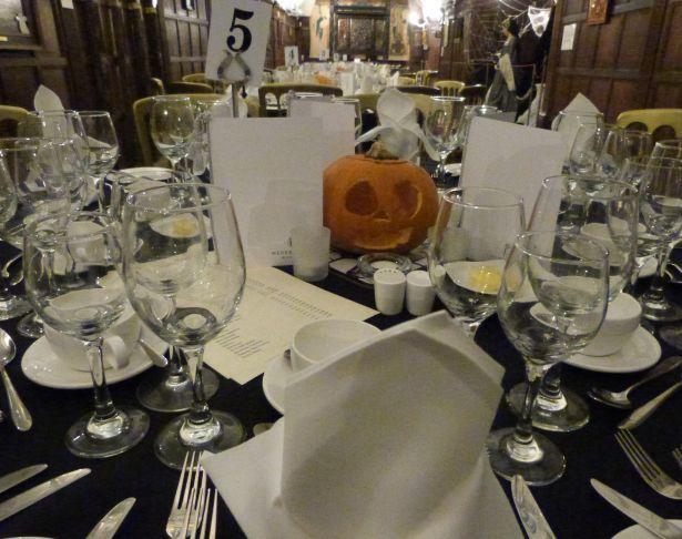 Halloween Dine & Stay 02