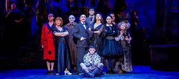 The.cast.of.THE.ADDAMS.FAMILY.Credit.Matt.Martin.3 (1)