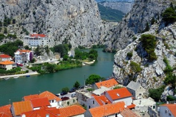 Croatia cliffs (1)